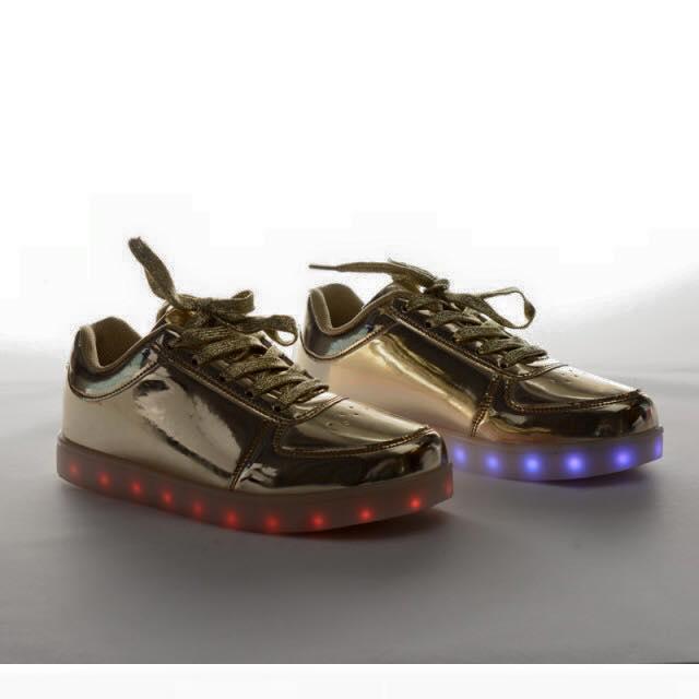 pantofi sport leduri aurii depurtat