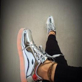 pantofi sport leduri argintii depurtat