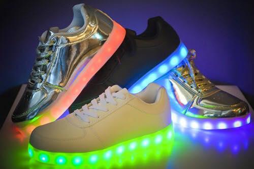 adidasi pantofi sport leduri