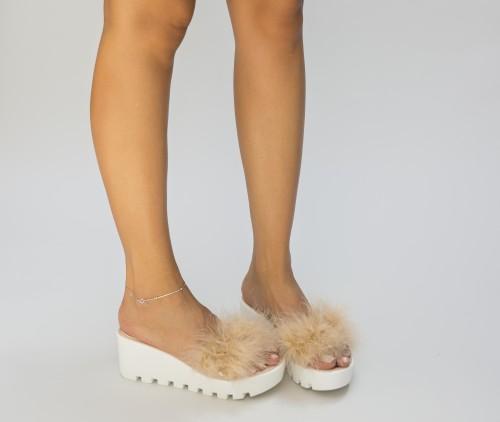 Papuci Simso Bej