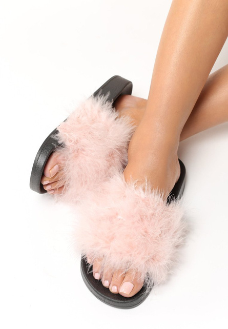 papuci cu puf leyla roz