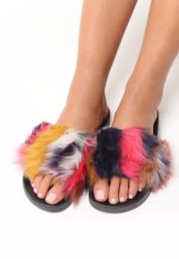papuci cu puf princess